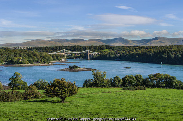 Enjoy Arts and Music on your Caravan Holiday in North Wales